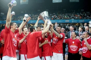 Pictures From The EuroLeague Victory